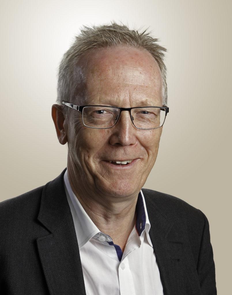 Dr. Michael Schlitt
